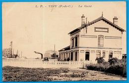 CPA 62 VIMY - LA GARE ° Lucien Pollet éditeur - Sonstige Gemeinden