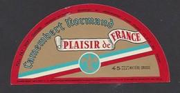 Etiquette  Fromage Camembert  -  Plaisir De France  -  Chambois  (61Q) - Cheese
