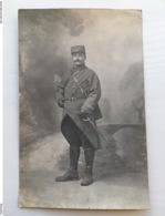 Foto Ak Soldaten Militair Francais Uniform Sabel 19 - Uniformen