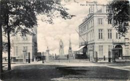 Belgique - Bruxelles - Parc Et Statue Belliard - Monumenten, Gebouwen