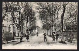 BELLEGARDE: Belle Animation (jeux D'enfants) Dans L'avenue De La Gare, Carte écrite En 1916 (verso Blanc) - Bellegarde