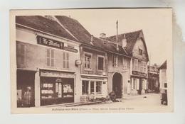 CPSM  AUBIGNY SUR NERE (Cher) - Place Adrien Arnoux Côté Ouest - Aubigny Sur Nere