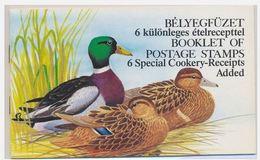 Hongrie 1988 Ducks Canards Mushrooms Champignons With Cookery Receipt With Mushrooms Hongrois Anglais Non Agrafé - Pilze