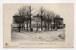 - CPA LACHAUME (21) - Hôtel De Ville Et Place 1906 (avec Personnages) - Cliché Louis L. - - Francia