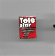 PINS Média Journal  Télé Star / Base Dorée / Signé Kiss Curl / 33NAT - Medios De Comunicación