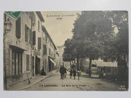 Cpa, Trés Belle Vue Animée, LA LOUVESC, La Rue De La Poste - La Louvesc