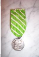 Médaille Ministère De L'Intérieur Employés Communaux 1921 - France