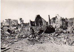 S48-014 Brest - Place De La Liberté - Ruines De La Dernière Guerre - Places