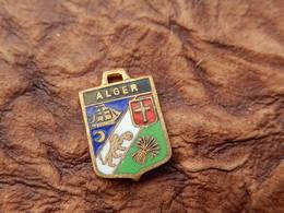 INSIGNE Medaille Pendentif BLASON TOURISME VILLE EMAILLE  HERALDIQUE ARMOIRIE ECU Vintage Alger ALGERIE INDEPENDANCE - Obj. 'Souvenir De'