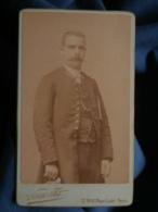 Photo CDV  Pierre Petit à Paris - Homme En Uniforme, Fonctionnaire, Sous Préfet ?, Circa 1890 L192 - Fotos
