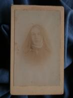 Photo CDV Sans Mention Photographe  Portrait Religieuse, Nonne - CA 1890 - L152 - Photos