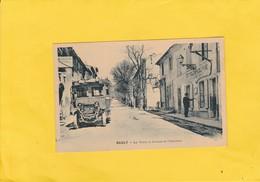 CPA  84  SAULT AUTOBUS LA POSTE AV.DE L'ORATOIRE - France