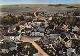 CPSM 10 CHESLEY L EGLISE LA PLACE ET LEMONUMENT     Grand Format  15 X 10,5 Cm - Other Municipalities