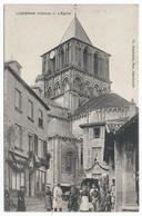 LUSIGNAN ( 86 - Vienne ) - L'Eglise ( Rue , Place Animée , Personnes ) - TTB Etat - Lusignan