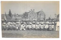 Carte-photo..Angers..fete Fédérale De La Gymnastique..champ De Mars..animée..fanfare..drapeaux (1910/20)..photo Romain.. - Angers