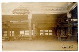 CPA    PHOTO     TROISDORF    1924     SOLDATS       MESS ? RESTAURANT ?  LONGUES TABLES - Troisdorf