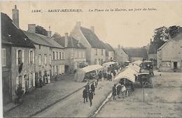 58, Nièvre, SAINT REVERIEN, La Place De La Mairie, Un Jour De Foire, Scan Recto-Verso - Altri Comuni