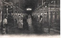 Halles  PARIS -Les Abattoirs  De La Villette -Hall De La Charcuterie --Animé-   Circulée - Halles