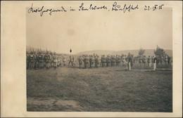 Foto  Marschierende Soldaten WK1 - Frankreich France 1915 Privatfoto - Guerra 1914-18