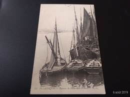 CPA (59) Dunkerque.Bateaux De Pêche Dans Le Port.  (H.631). - Dunkerque