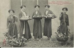 * TONKIN , Hanoï , Petites Cigarières De La Manufacture De Tabac , CPA ANIMEE - Vietnam