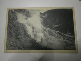 Italie. Pozzuoli, La Solfatara. Lot De 9 Cartes Dont 1 En Double + Interno Della Grotta Della Sibilla (A3p38-10166) - Pozzuoli