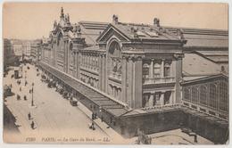 PARIS FRANCE La Gare Du Nord Postcard - France