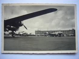 Avion / Airplane / Bremen Airport - Aérodromes