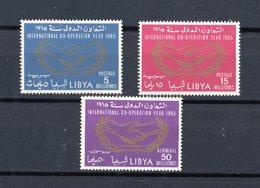 LIBYA :  Anno Cooperazione Internazionale  - 3 Val.  MNH**   Del  1.01.1965 - Libia