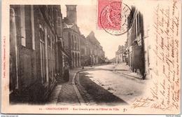 28 CHATEAUNEUF EN THYMERAIS - Rue Grande Prise De L'hotel De Ville - Châteauneuf