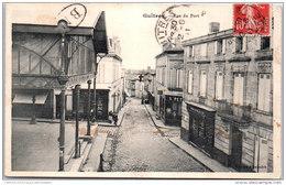 33 GUITRES - Rue Du Port - France