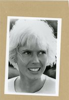 """L'actrice MIMSY FARMER  Dans """" Les Suspects """" - Identified Persons"""