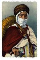 Scènes Et Types D'Afrique Du Nord N°20 103 Guerrier TOUAREG En Gros Plan édit A. Sirecky Oran - Plaatsen