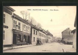 CPA Saint-Die, Rue Haute, Vue De La Rue - Saint Die