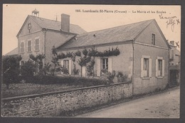 CPA 36 - LOURDOUEIX ST PIERRE, La Mairie Et Les Ecoles - Otros Municipios