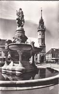 27------EVREUX---la Fontaine Et Tour De L'horloge---voir 2 Scans - Evreux