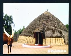 RWANDA - Inyambo Cow And The Kings Palace Used Postcard As Scans - Rwanda