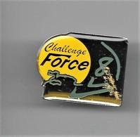 PINS Bateaux Marine Voile.CHALLENGE  Force 8  / 33NAT - Barcos