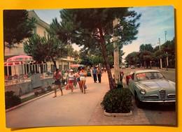 9283 -  Rimini Viale Regina Elena Voiture Alfa-Romeo - Rimini