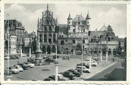 Mechelen - Standbeeld Van Margaretha Van Oostenrijk. Stadhuis En Oude Lakenhallen. -r - Mechelen
