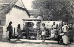 Inde - Pondichery - Fontaine De La Ville - India