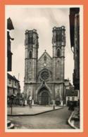 A533 / 529 71 - CHALON SUR SAONE Eglise Et Place Saint Vincent - France