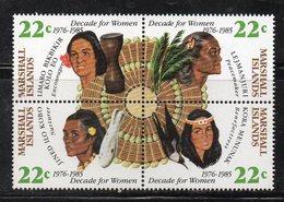 1106 490 - MARSHALL 1985 , Serie Yvert N. 84/87  *** (2380A)  Women Onu - Marshalleilanden