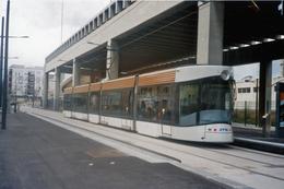 Marseille (13 - France)  Tramway De Marseille - 3 Avril 2010  - Ligne T2 – Terminus Euroméditerranée Arenc - Tranvía