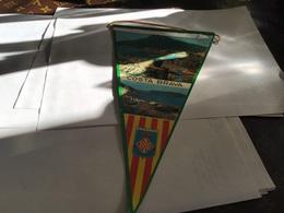 Écusson Fanion En Plastique   Blason  Costa Brava Espagne Gerona - Ecussons Tissu