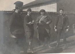 Photo 1915 MONCEL-LES-LUNEVILLE - Le Prêtre Poidebard, Chef Jandot, Adjudant De Chasseur Alpin, Morel (A216, Ww1, Wk 1) - Guerra 1914-18