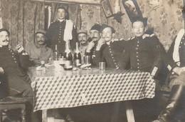 Photo Décembre 1915 SERRES - Le Dîner, Soldats Du 2ème Régiment De Dragons (A216, Ww1, Wk 1) - War 1914-18