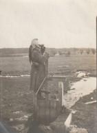 Photo 1915 MONCEL-LES-LUNEVILLE - L'adjudant Barbier En Observation, Dragon (A216, Ww1, Wk 1) - Weltkrieg 1914-18
