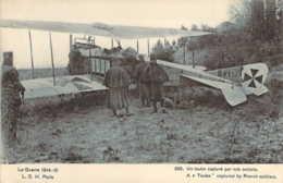 Guerre 1914 Aéroplane Allemand Taube Capturé Par Nos Soldats Carte De Propagande - Oorlog 1914-18