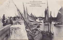 LES SABLES D'OLONNE - Le Port Obstrué Par Les Bateaux Sardiniers  - Rentrée Périlleuse, échouements Et  Abordages - Sables D'Olonne